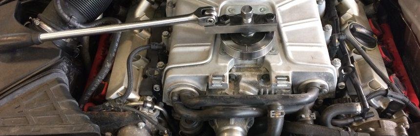 SCHERER Motoren GbR - Audi S4 B8 beim EInbau des APR Pulley Upgrades